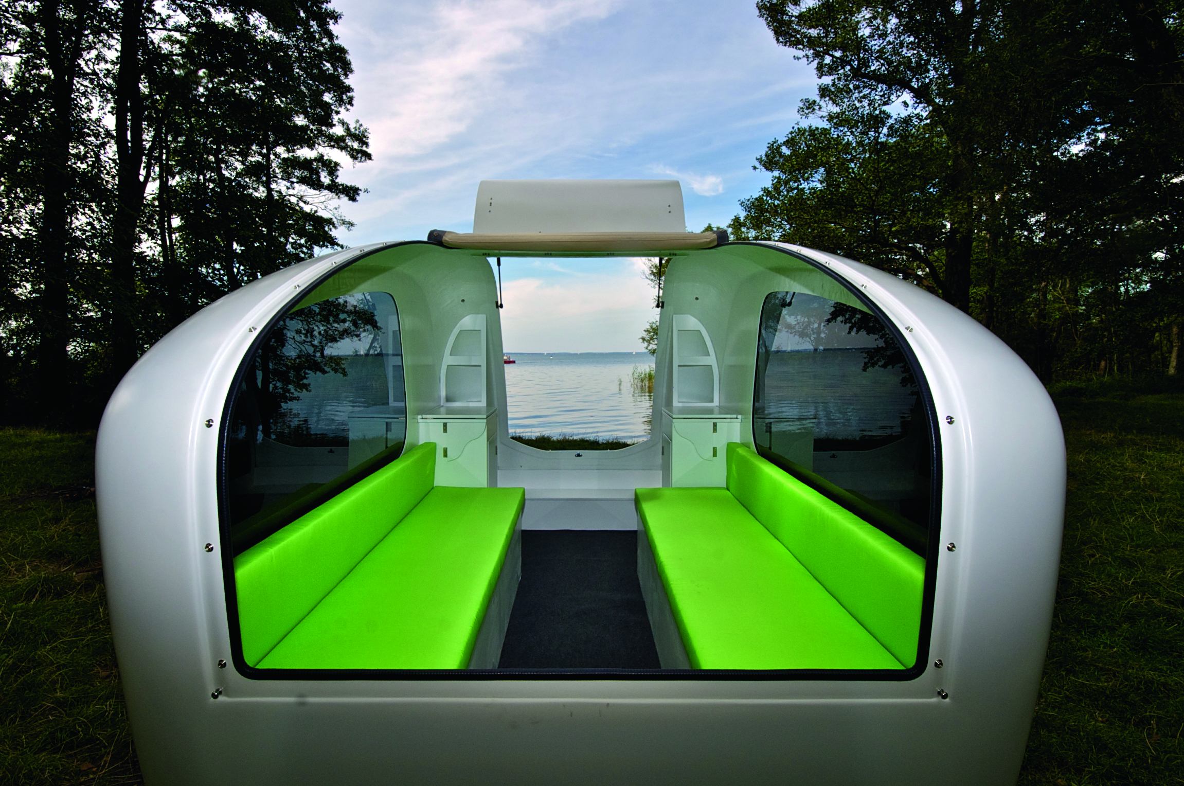 The floating caravan manspace magazine Sealander caravan