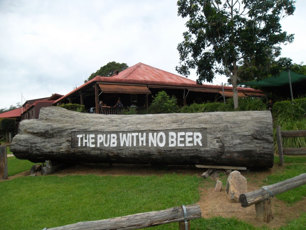 Pub w no beer 03631703121