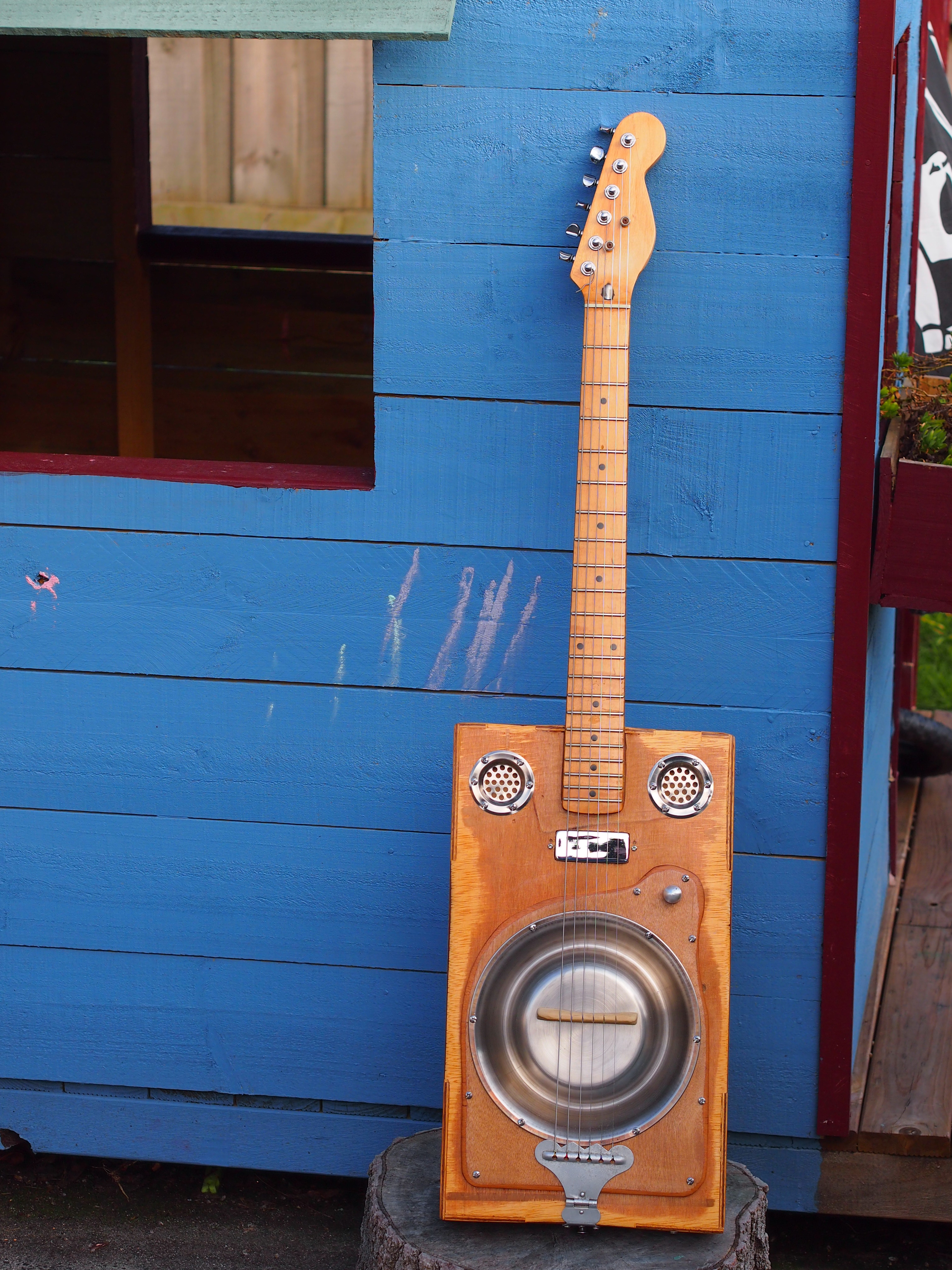 An Instrumental Pastime Manspace Magazine Hondo Guitar Wiring Diagram Unfortunately We Cant All Be Master Luthiers Crafting Precision Instruments In Our Spare Time But As I Discovered Recently There Is A Happy Medium For