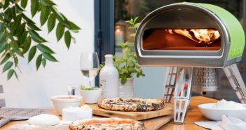 Rockin' pizzas with the Roccbox